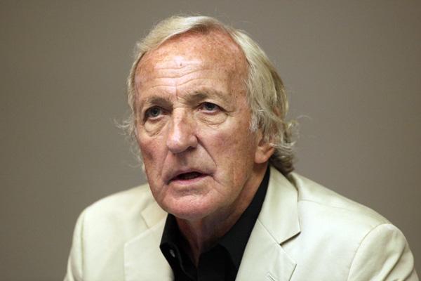 John Pilger Photograph Bohdan Warchomij