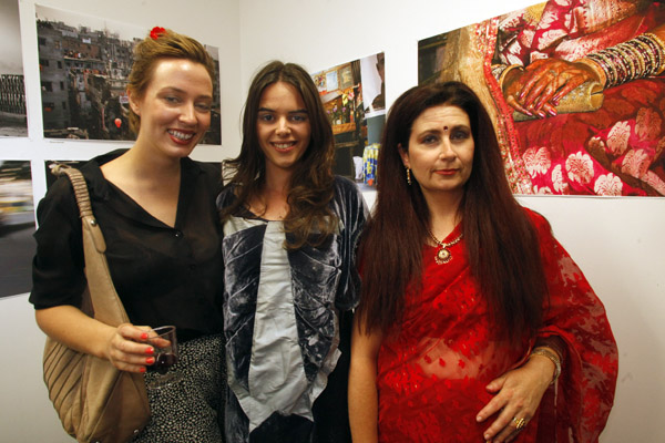 """PCP opening of Shared """"Visions"""". Dee Dee Noon with friends"""