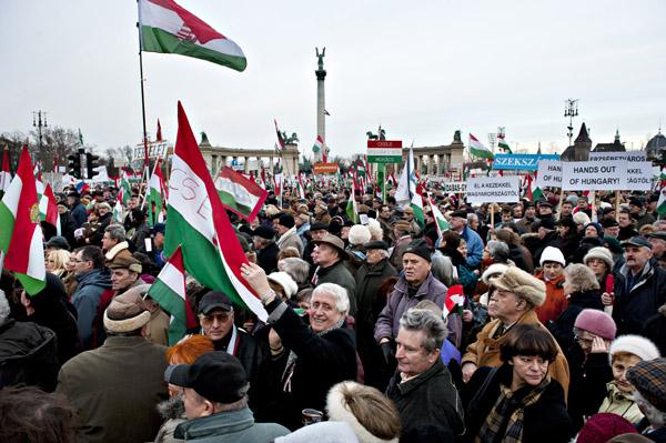 Robert McPherson Photo: Demonstators in Budapest